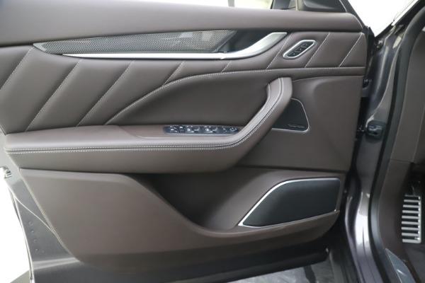 New 2020 Maserati Levante Q4 GranLusso for sale $87,885 at Alfa Romeo of Westport in Westport CT 06880 17