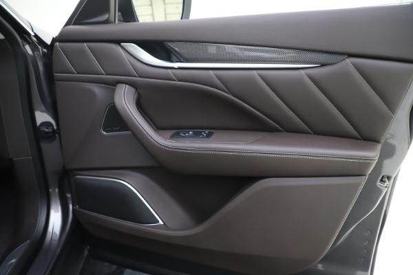 New 2020 Maserati Levante Q4 GranLusso for sale $87,885 at Alfa Romeo of Westport in Westport CT 06880 25