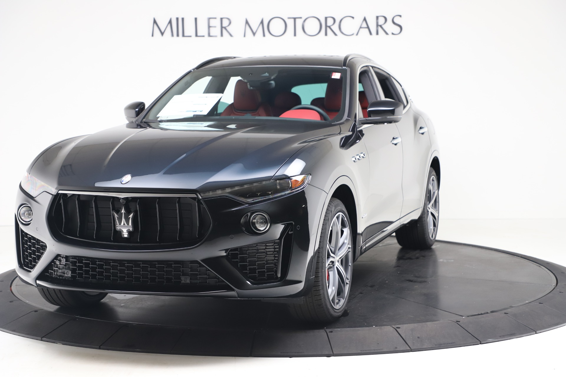 New 2020 Maserati Levante S Q4 GranSport for sale $103,585 at Alfa Romeo of Westport in Westport CT 06880 1
