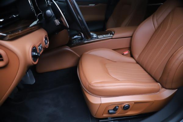 New 2020 Maserati Quattroporte S Q4 GranLusso for sale $117,935 at Alfa Romeo of Westport in Westport CT 06880 15