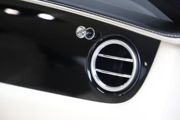 New 2016 Bentley Continental GT W12 for sale $128,900 at Alfa Romeo of Westport in Westport CT 06880 28