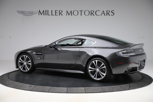 Used 2012 Aston Martin V12 Vantage Coupe for sale $115,900 at Alfa Romeo of Westport in Westport CT 06880 3