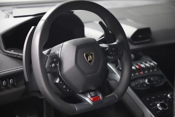 Used 2017 Lamborghini Huracan LP 580-2 for sale $179,900 at Alfa Romeo of Westport in Westport CT 06880 15