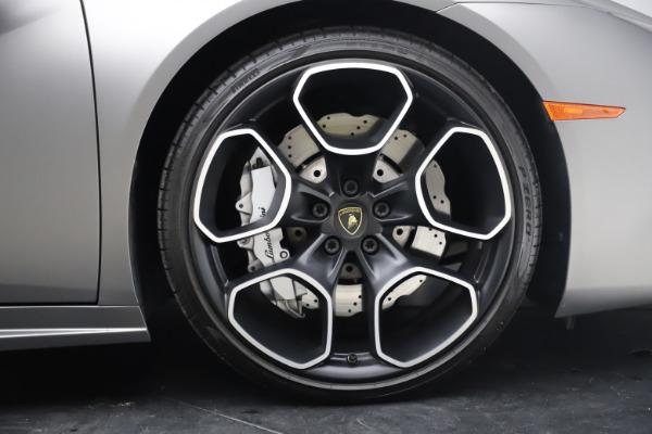 Used 2017 Lamborghini Huracan LP 580-2 for sale $179,900 at Alfa Romeo of Westport in Westport CT 06880 22