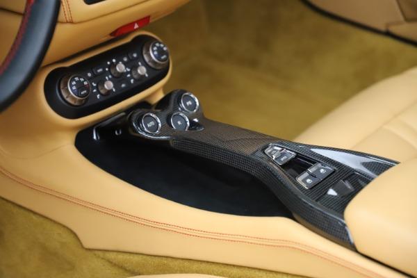 Used 2014 Ferrari California 30 for sale $127,900 at Alfa Romeo of Westport in Westport CT 06880 26