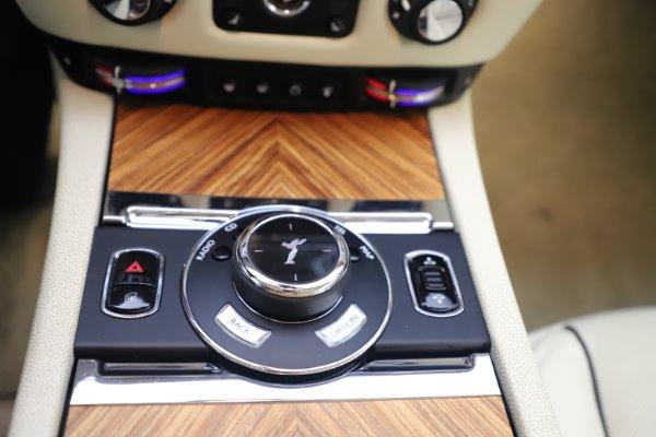 Used 2015 Rolls-Royce Wraith for sale $169,900 at Alfa Romeo of Westport in Westport CT 06880 17