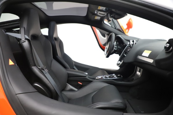 New 2020 McLaren GT Coupe for sale $246,975 at Alfa Romeo of Westport in Westport CT 06880 20