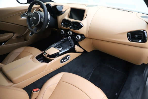 New 2020 Aston Martin Vantage Coupe for sale $174,731 at Alfa Romeo of Westport in Westport CT 06880 18
