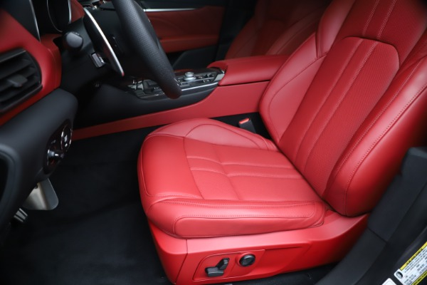 New 2020 Maserati Levante S Q4 GranSport for sale $101,535 at Alfa Romeo of Westport in Westport CT 06880 15