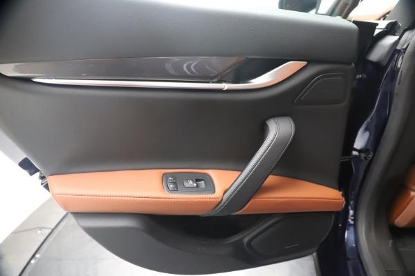 New 2020 Maserati Ghibli S Q4 for sale $85,535 at Alfa Romeo of Westport in Westport CT 06880 21