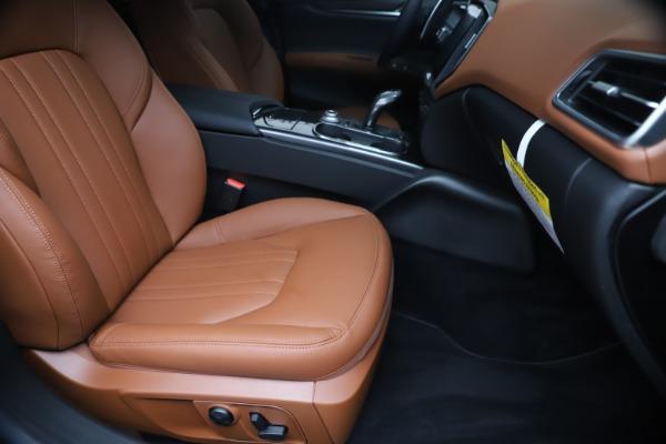 New 2020 Maserati Ghibli S Q4 for sale $85,535 at Alfa Romeo of Westport in Westport CT 06880 24