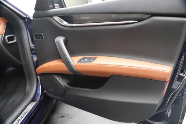 New 2020 Maserati Ghibli S Q4 for sale $85,535 at Alfa Romeo of Westport in Westport CT 06880 25