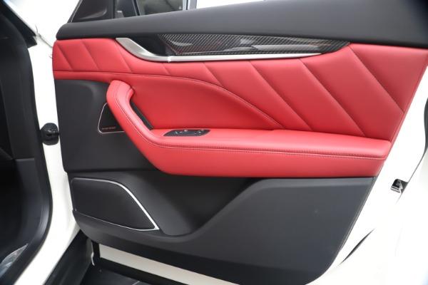New 2020 Maserati Levante S Q4 GranSport for sale $104,485 at Alfa Romeo of Westport in Westport CT 06880 25