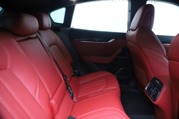New 2020 Maserati Levante S Q4 GranSport for sale $104,485 at Alfa Romeo of Westport in Westport CT 06880 27