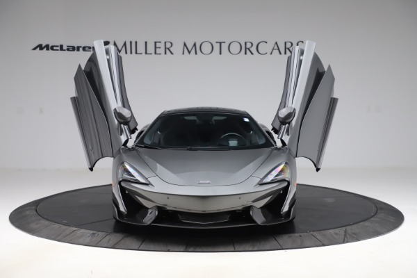 Used 2017 McLaren 570GT for sale $145,900 at Alfa Romeo of Westport in Westport CT 06880 7