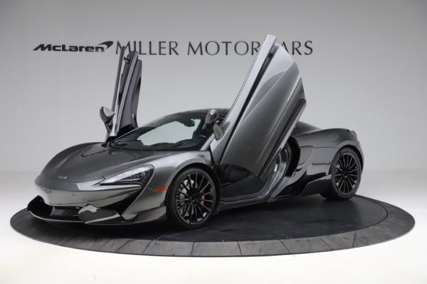 Used 2017 McLaren 570GT for sale $140,900 at Alfa Romeo of Westport in Westport CT 06880 8