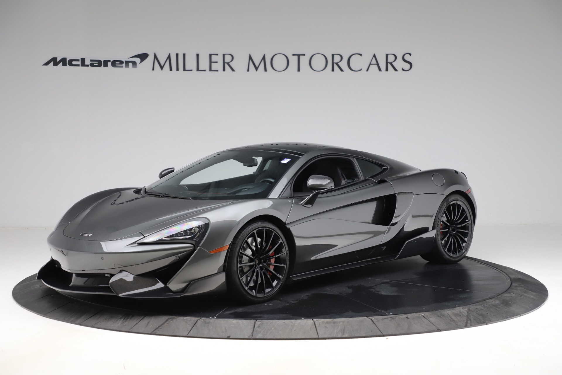 Used 2017 McLaren 570GT for sale $145,900 at Alfa Romeo of Westport in Westport CT 06880 1