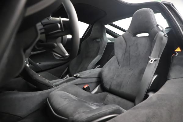 New 2020 McLaren 720S Coupe for sale $327,370 at Alfa Romeo of Westport in Westport CT 06880 17