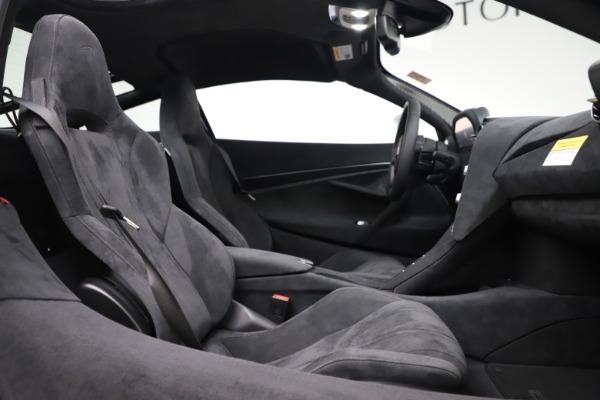 New 2020 McLaren 720S Coupe for sale $327,370 at Alfa Romeo of Westport in Westport CT 06880 19
