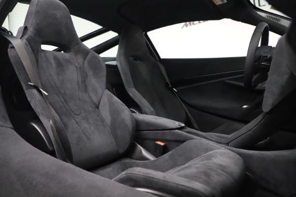 New 2020 McLaren 720S Coupe for sale $327,370 at Alfa Romeo of Westport in Westport CT 06880 20