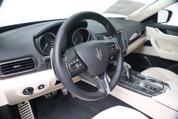 New 2020 Maserati Levante S Q4 GranLusso for sale $97,335 at Alfa Romeo of Westport in Westport CT 06880 13