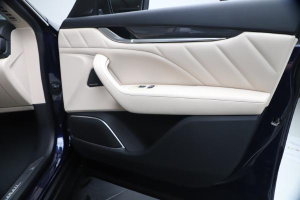 New 2020 Maserati Levante S Q4 GranLusso for sale $97,335 at Alfa Romeo of Westport in Westport CT 06880 25