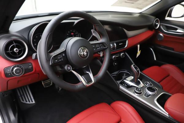 New 2020 Alfa Romeo Giulia Ti Sport Q4 for sale $51,995 at Alfa Romeo of Westport in Westport CT 06880 13
