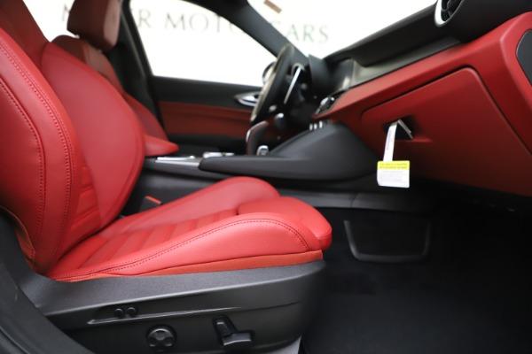 New 2020 Alfa Romeo Giulia Ti Sport Q4 for sale $51,995 at Alfa Romeo of Westport in Westport CT 06880 24