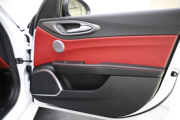 New 2020 Alfa Romeo Giulia Ti Sport Q4 for sale $51,995 at Alfa Romeo of Westport in Westport CT 06880 26