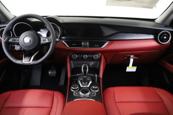 New 2020 Alfa Romeo Stelvio Sport Q4 for sale $50,795 at Alfa Romeo of Westport in Westport CT 06880 16