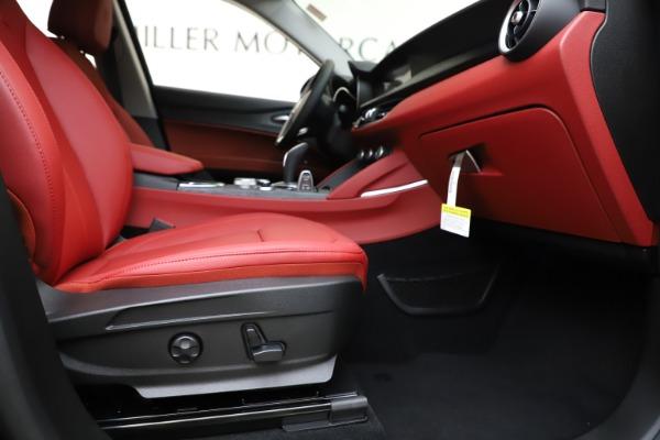 New 2020 Alfa Romeo Stelvio Sport Q4 for sale $50,795 at Alfa Romeo of Westport in Westport CT 06880 23