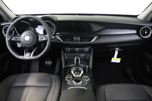 New 2020 Alfa Romeo Stelvio Sport Q4 for sale $50,495 at Alfa Romeo of Westport in Westport CT 06880 16