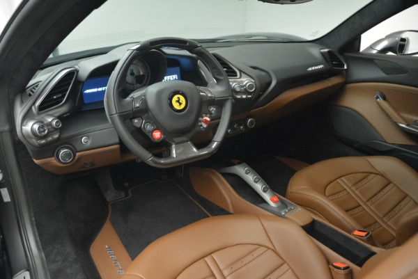 Used 2018 Ferrari 488 GTB for sale $249,900 at Alfa Romeo of Westport in Westport CT 06880 13