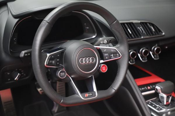 Used 2017 Audi R8 5.2 quattro V10 Spyder for sale $138,900 at Alfa Romeo of Westport in Westport CT 06880 26