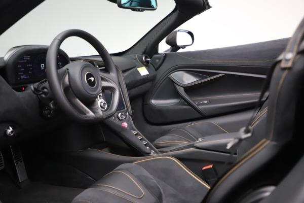 New 2020 McLaren 720S Spider Performance for sale $384,930 at Alfa Romeo of Westport in Westport CT 06880 22