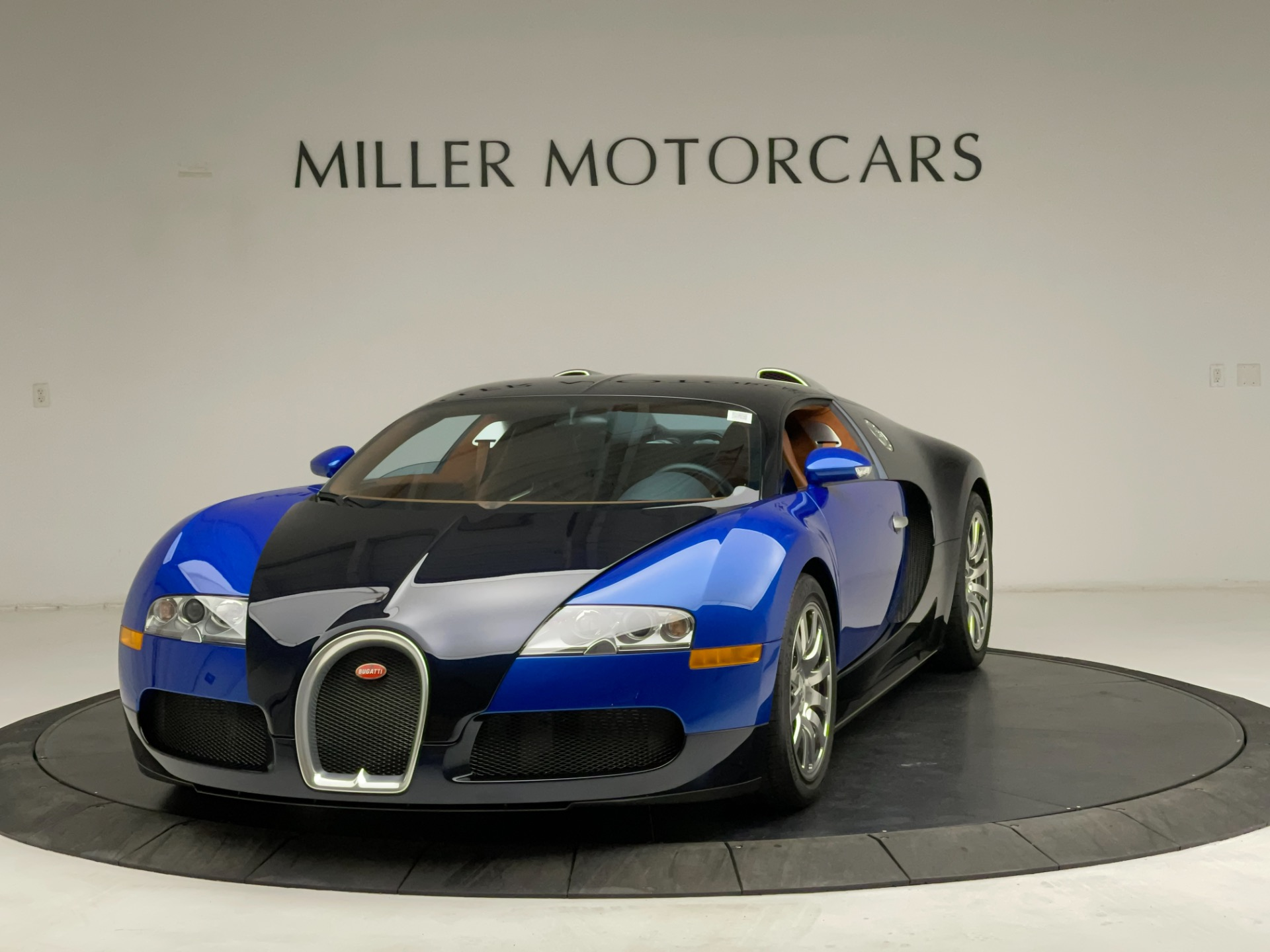 Used 2008 Bugatti Veyron 16.4 Base for sale Call for price at Alfa Romeo of Westport in Westport CT 06880 1