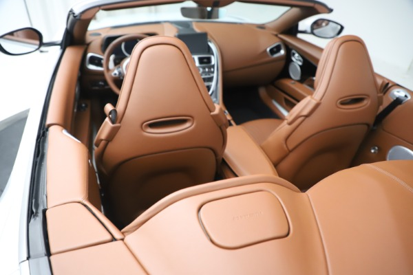 New 2020 Aston Martin DB11 Volante Convertible for sale $244,066 at Alfa Romeo of Westport in Westport CT 06880 22