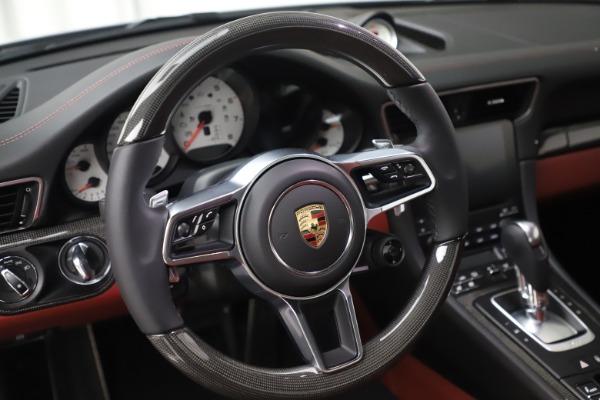 Used 2017 Porsche 911 Turbo S for sale $154,900 at Alfa Romeo of Westport in Westport CT 06880 21