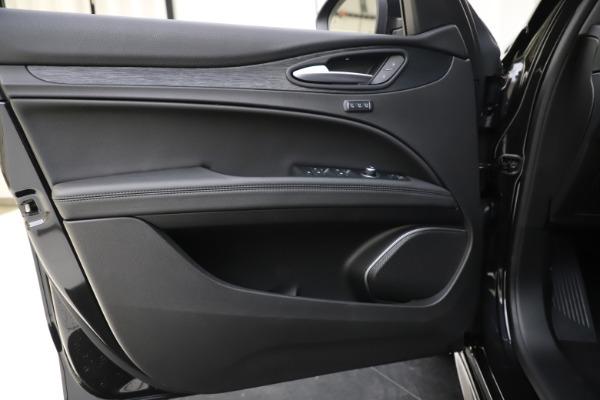 New 2020 Alfa Romeo Stelvio Sport Q4 for sale $49,695 at Alfa Romeo of Westport in Westport CT 06880 17