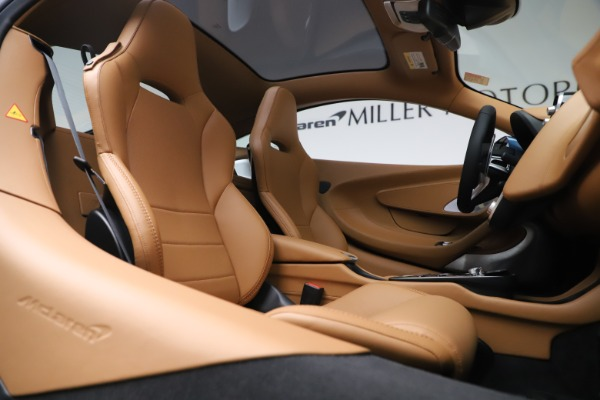 Used 2020 McLaren GT Luxe for sale Call for price at Alfa Romeo of Westport in Westport CT 06880 21