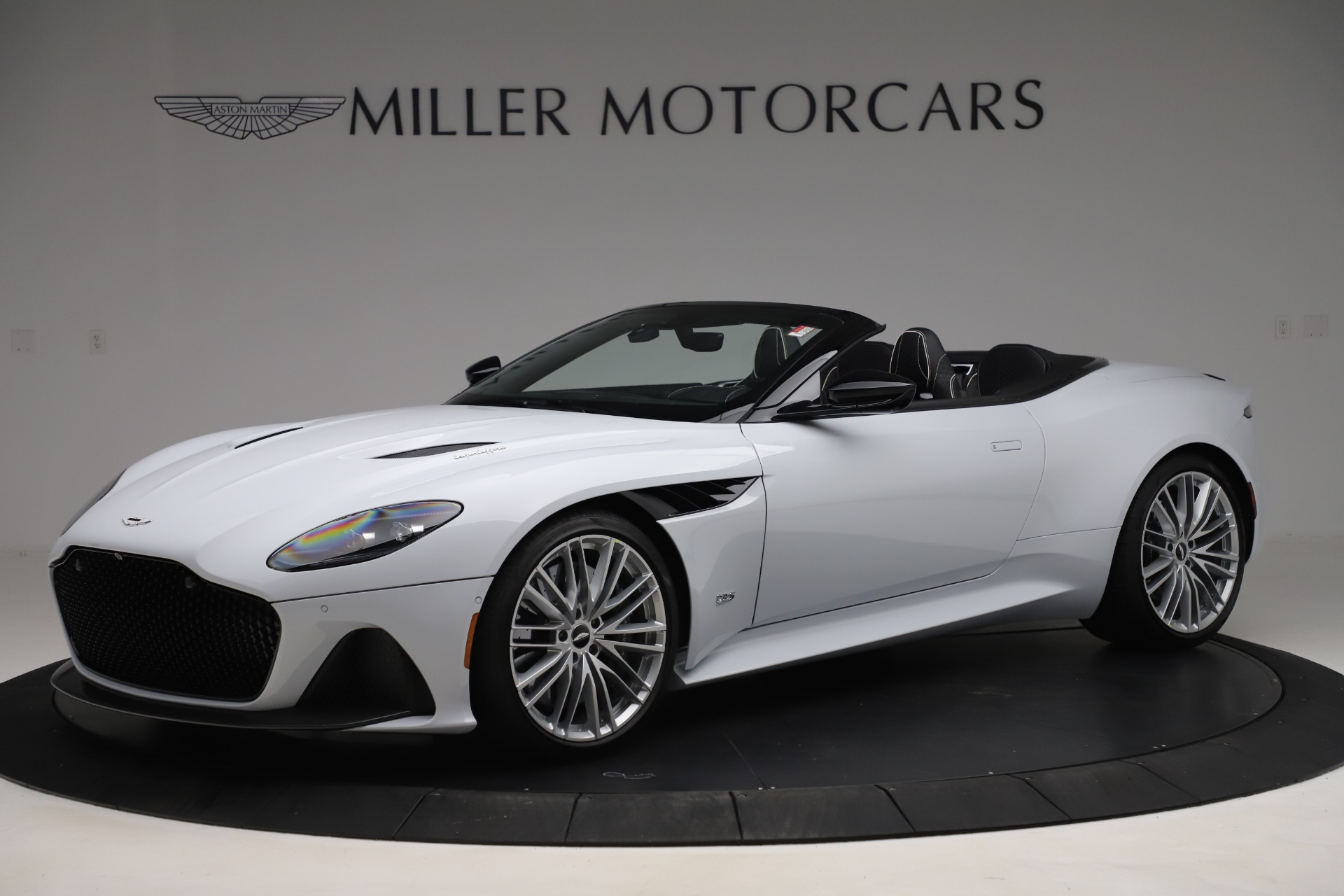 New 2020 Aston Martin DBS Superleggera Volante Convertible for sale $353,931 at Alfa Romeo of Westport in Westport CT 06880 1