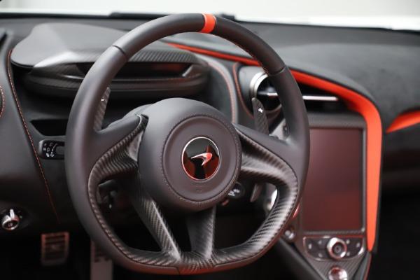 New 2020 McLaren 720S Spider Performance for sale Call for price at Alfa Romeo of Westport in Westport CT 06880 22