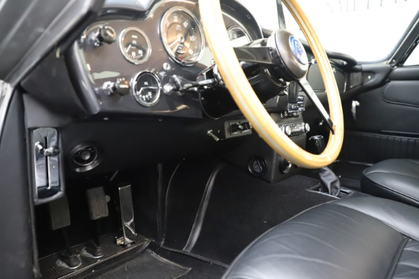 Used 1964 Aston Martin DB5 for sale Call for price at Alfa Romeo of Westport in Westport CT 06880 18