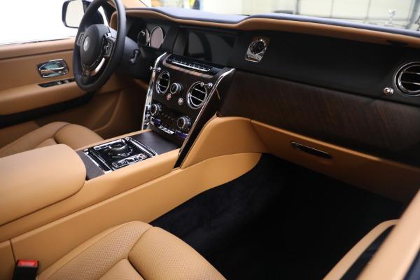 Used 2020 Rolls-Royce Cullinan for sale Call for price at Alfa Romeo of Westport in Westport CT 06880 16