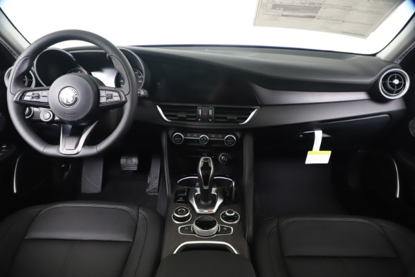 New 2020 Alfa Romeo Giulia Ti Q4 for sale $49,245 at Alfa Romeo of Westport in Westport CT 06880 16
