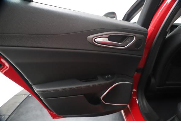 New 2020 Alfa Romeo Giulia Ti Q4 for sale $42,745 at Alfa Romeo of Westport in Westport CT 06880 20