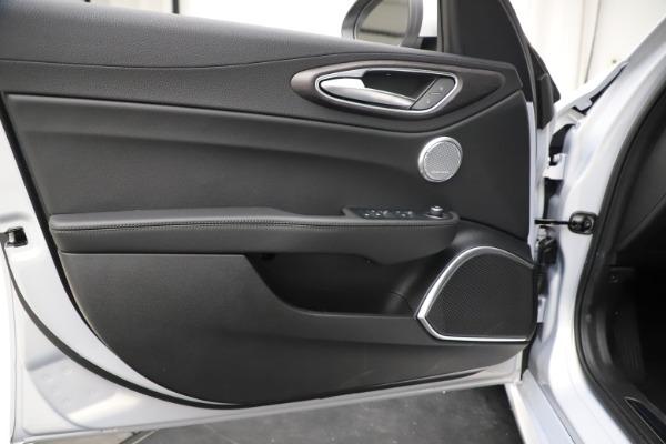 New 2020 Alfa Romeo Giulia Ti Q4 for sale $52,345 at Alfa Romeo of Westport in Westport CT 06880 17