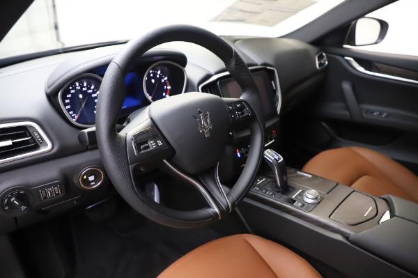 New 2020 Maserati Ghibli S Q4 for sale $82,385 at Alfa Romeo of Westport in Westport CT 06880 13