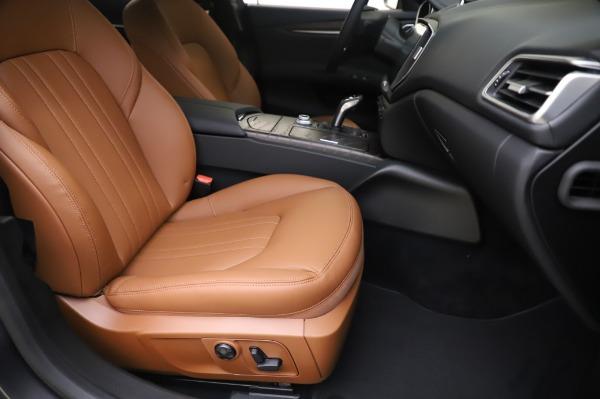 New 2020 Maserati Ghibli S Q4 for sale $82,385 at Alfa Romeo of Westport in Westport CT 06880 24