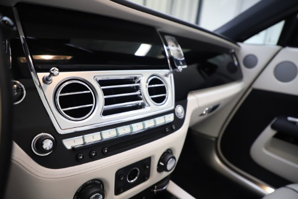 Used 2017 Rolls-Royce Dawn Base for sale Call for price at Alfa Romeo of Westport in Westport CT 06880 27